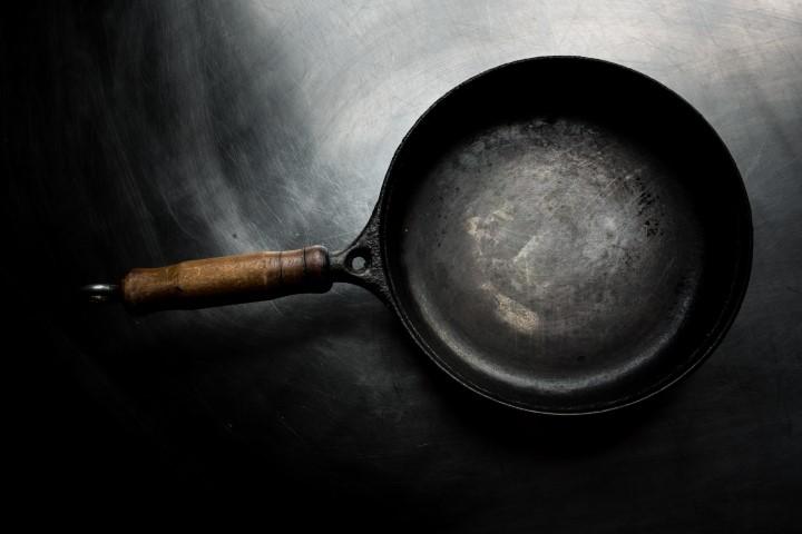 Carbon steel pans